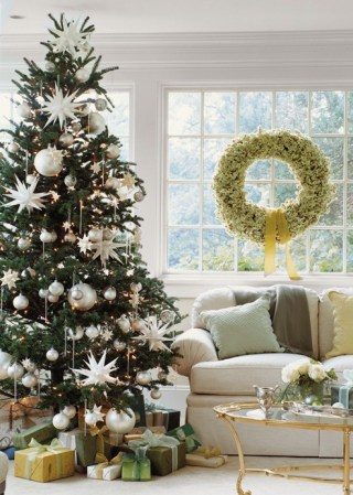 white-christmas-tree-bhg